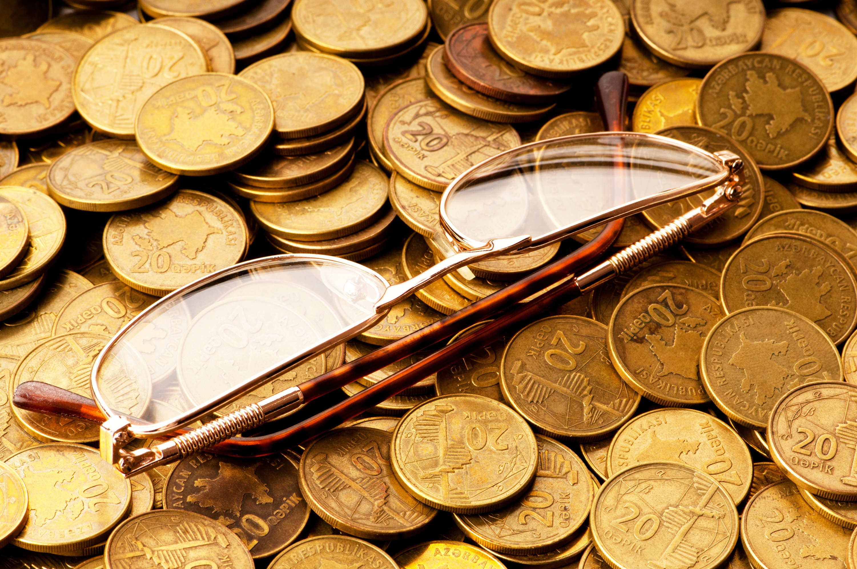 How to start gold trading online